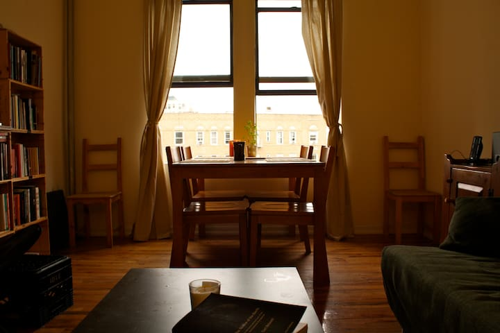 Very spacious and sunny room in Harlem, Manhattan! - New York - Apartment