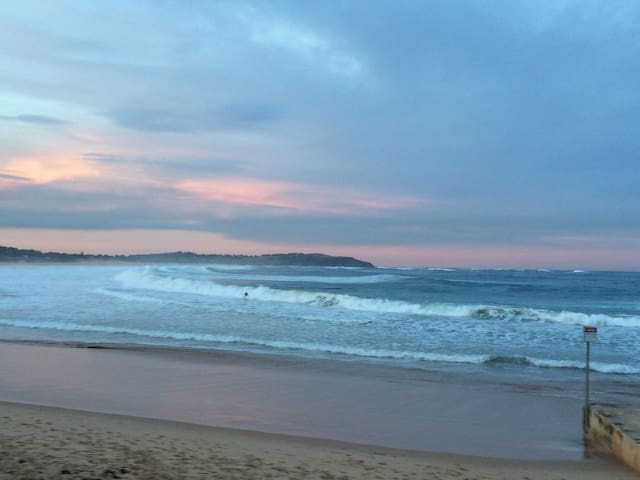 Quiet unit close to BEACH! - Dee Why - Appartement