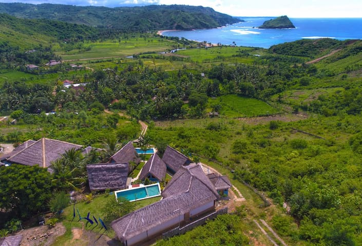 OCEANVIEW Villa w Pool in Quiet STUNNING location - Pujut - Huvila