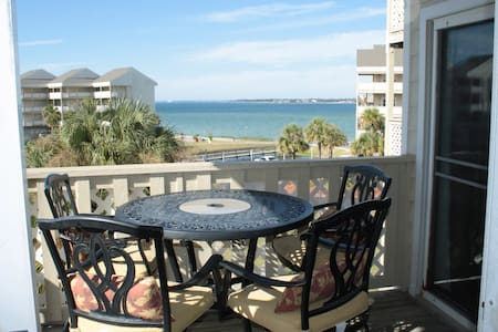 Waterfront Condo in Pensacola Beach with Pool! - Pensacola Beach - Lyxvåning