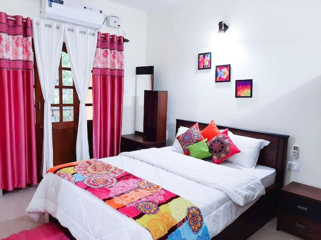 PEARL PALM SUITE  with POOL candolim beach