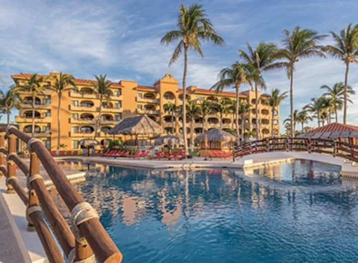 Cabo, Mexico-WM Resort (2BDR/6Guest)