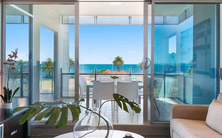 The Frontage Luxury Apartment  306 @ Victor Harbor