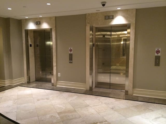 Luxuary Condo, Easy to DC downtown - North Bethesda - Appartement en résidence