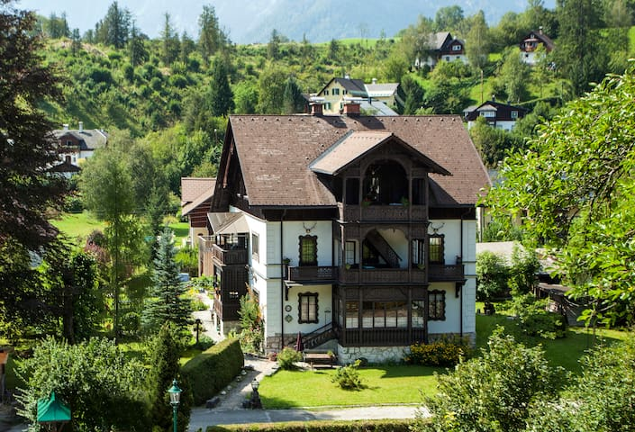 Villa Kristina #6 - Loserblick - Bad Aussee - Bed & Breakfast