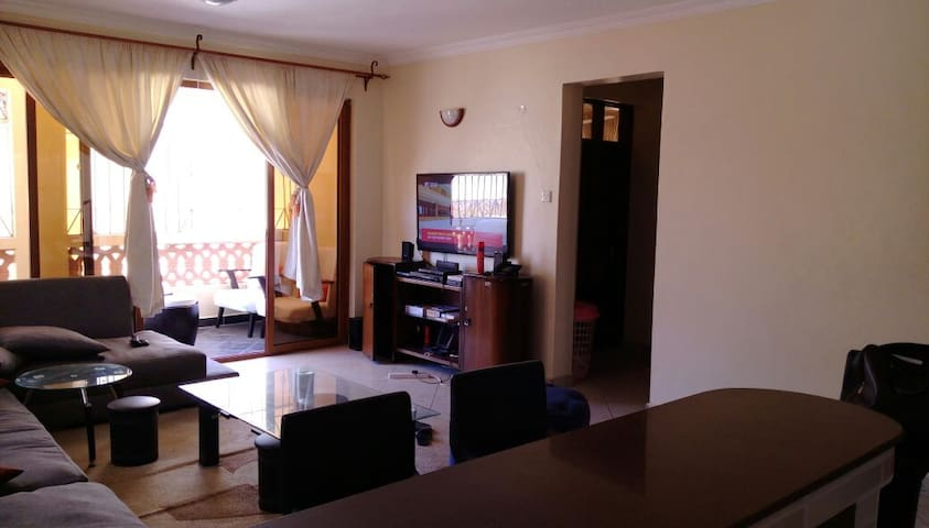 Bright and Cozy Apartment - Mombasa - Daire