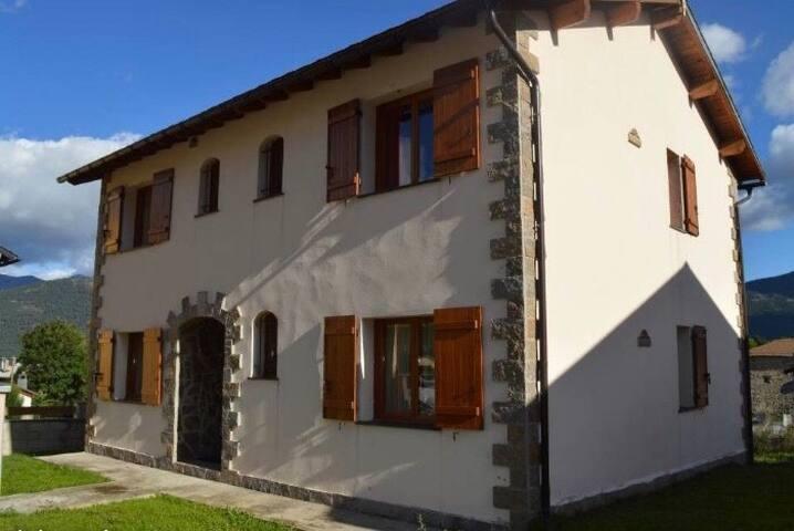 Appartements T4 dans maison individuelle