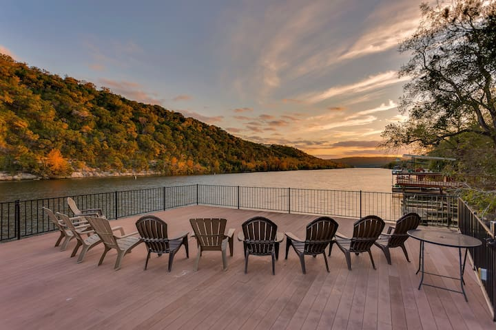 Lake Austin Waterfront (5 bedrooms, 13 beds) - Austin - House