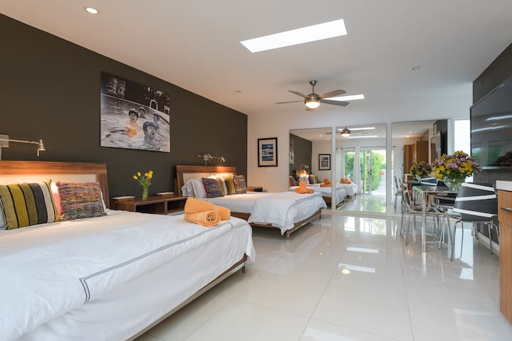 Huge master casita has two King-size beds, kitchenette, dining table, full bath and private outdoor patios.
