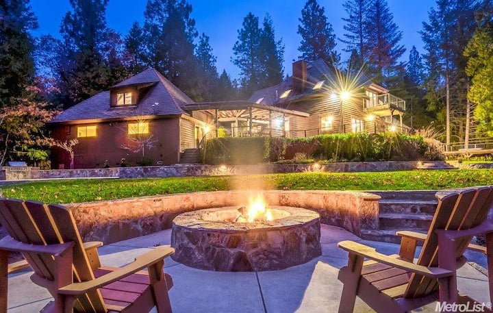 Exclusive Apple Hill Estate