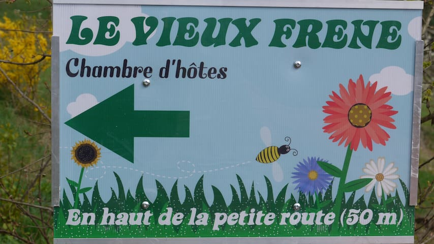 LE VIEUX FRENE - Vernet-la-Varenne - Talo