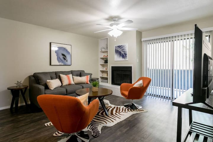 *Great Office Space* 78704: Hip 1/1 South Lamar - South Central Austin