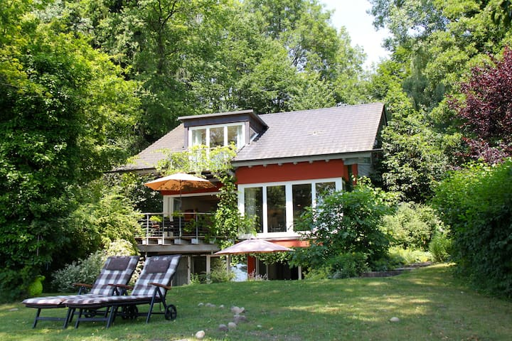 Bodensee-Ferienwohnung mit Privatstrand /Seezugang - Öhningen - Selveierleilighet