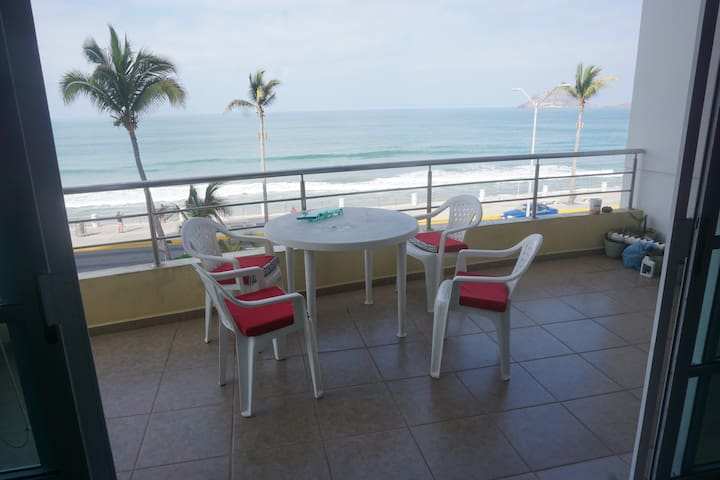 2 Bedroom Oceanview on the Malecon - Mazatlán - Wohnung