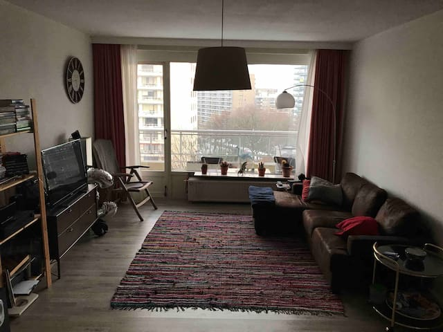 Privé kamer met 2 persons bed