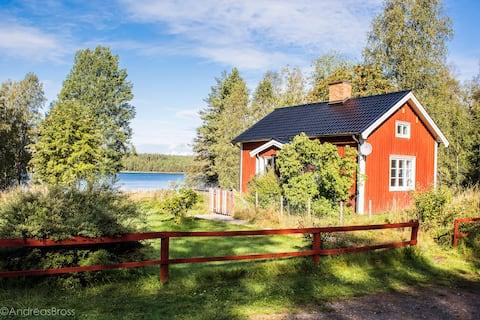 Kleines rotes Haus- Jede Jahreszeit pures Schweden