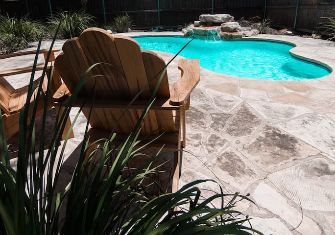 Fun Hill Country Escape. Pets Welcome. - Fredericksburg - Maison