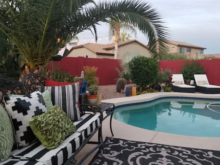 Desert Oasis 1 BR 1 bath all other spaces shared