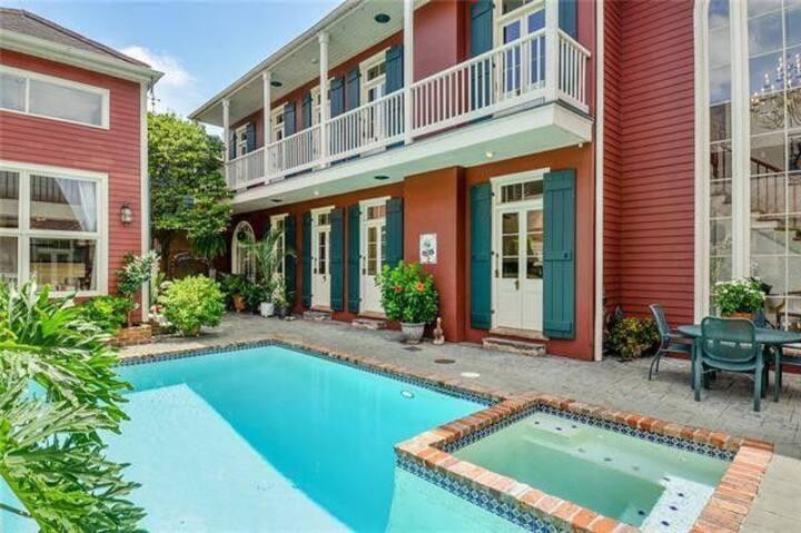 Faubourg Marigny Paradise | Pool & Hot Tub Incl