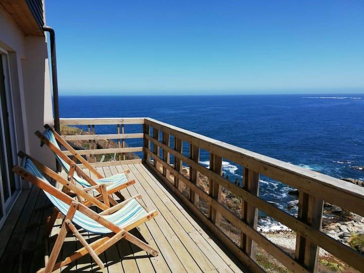 Hermosa casa con vista al mar, sector El Tebo