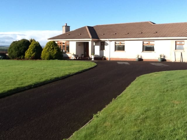 Laurel Cottage B&B - Ballymoney - Bed & Breakfast