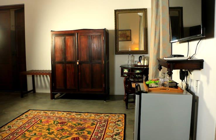 La Taara Classic Deluxe Room1