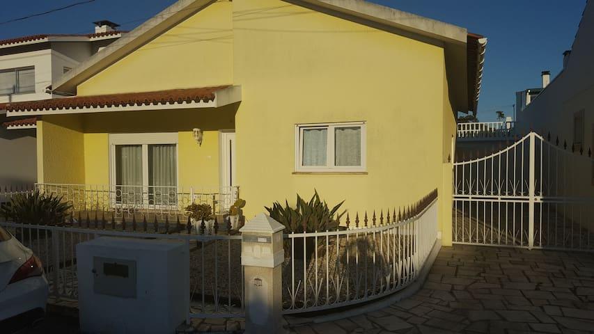 Schönes Ferienhaus in Marinha Grande