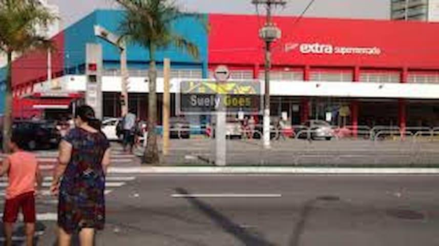 700 mts. do Extra Supermercado