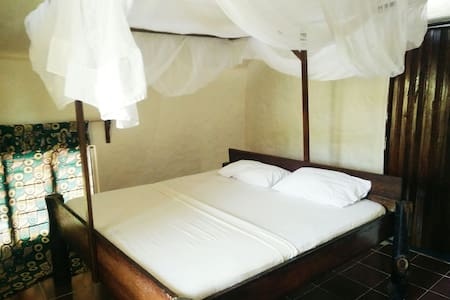 Double room with balcony @ East coast Zanzibar[02] - Michamvi Kae