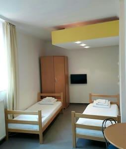 Triple room 11