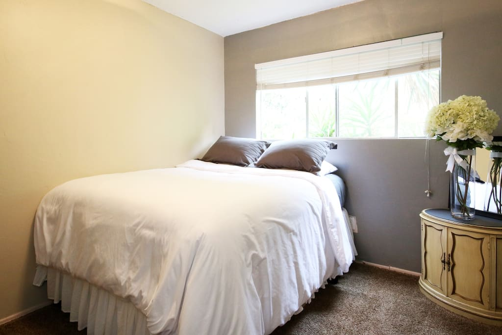 Light and bright and also has room darkening blinds for your comfort.
