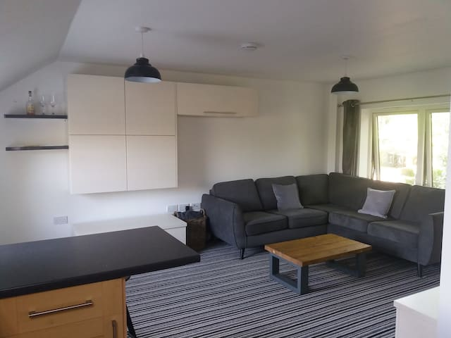 2 bedroom Apartment in Easebourne