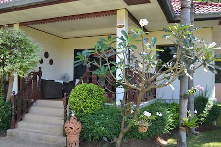 Cozy 2BD Villa near Ban Phe and Suan Son - Phe