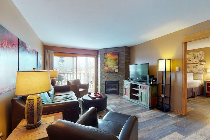 Beautiful mountain lodging w/ private balcony, views & ski-in/ski-out access