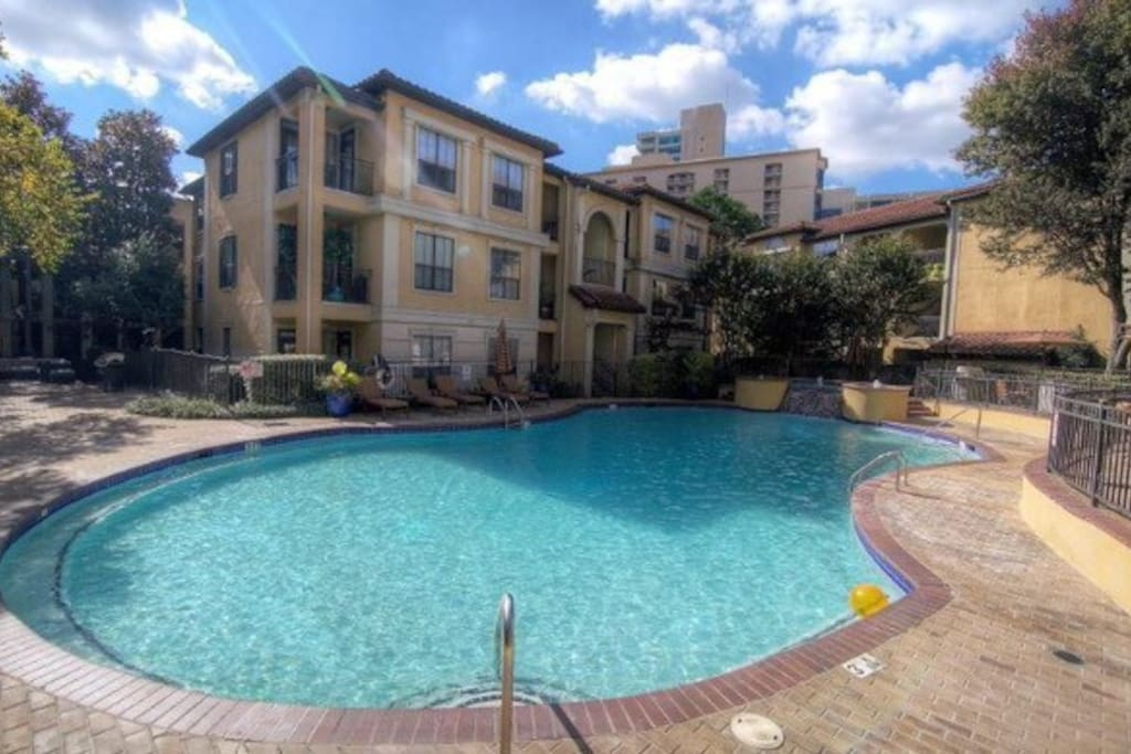 Pool, in the center of the neighborhood and very close to unit