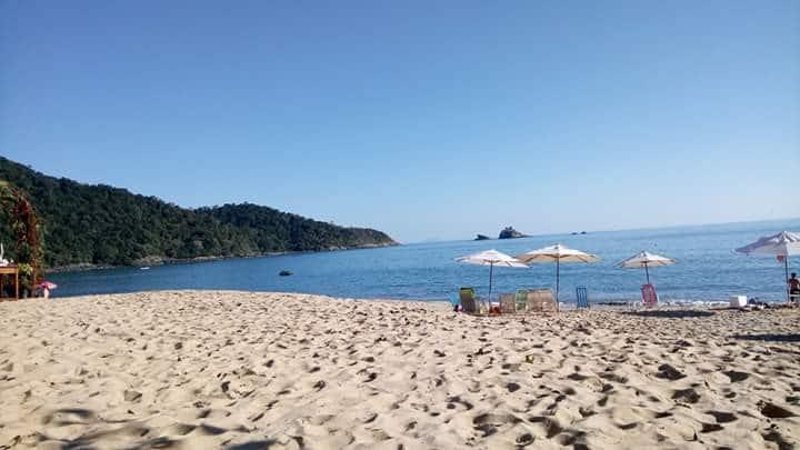 Ótima kitnet para casais, 100 metros da praia.