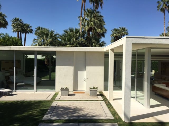 Architectural Glass Jewelbox in Indian Wells - Indian Wells - Maison de vacances