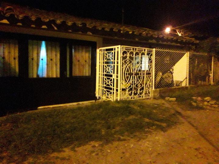 Descansa en casa rural MoreliaHigueron