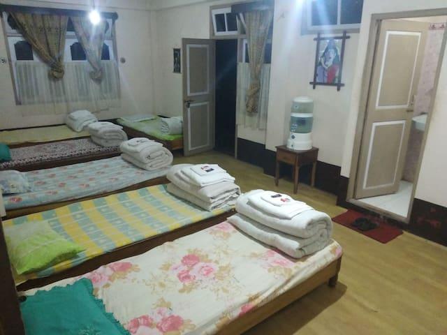 Dormitory at Rimbick Farm house