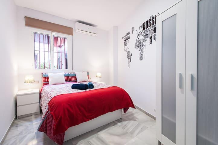 Nice Firenze Room in Seville City Center