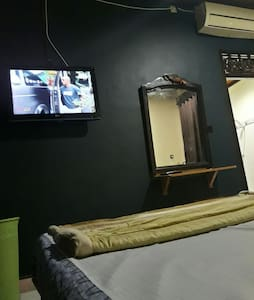 Double bed airconditioner - karangasem