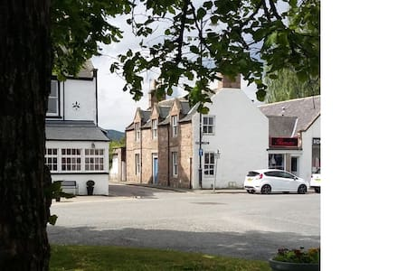 Victorian cottage in the heart of Ballater