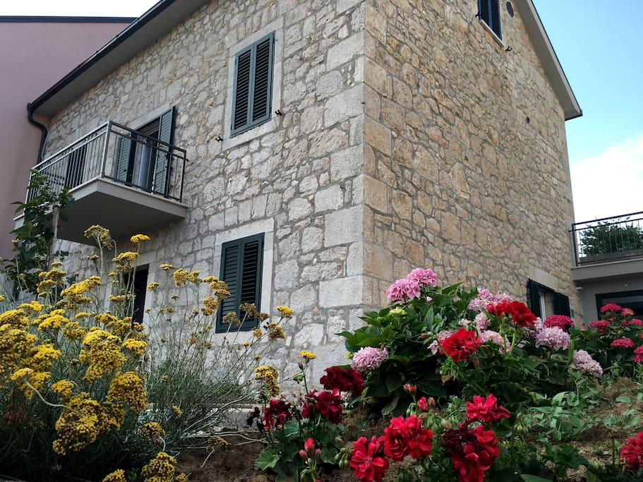 Villa Amare - newly renovated traditional stone house