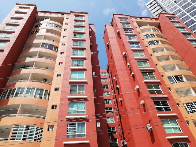 Apartamento, en centro de la ciudad. Cerca de todo