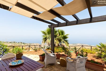 Villa panoramic view on the seaWIFI