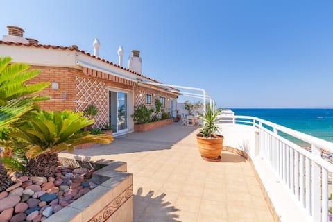 Superb top roof terrace apartment  Salou beach