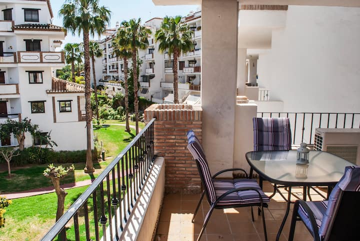 2BR apartment in Calahonda near the beach