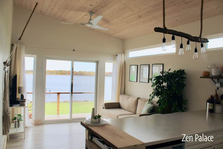 Zen Palace - Waterfront Tiny Home