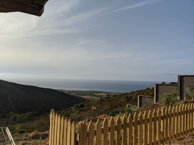 Studio en villa avec beau panorama sur mer