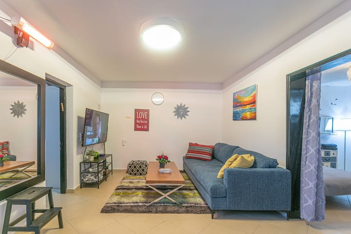 ★A Huge Apt w AC, PAKG close to BGU★